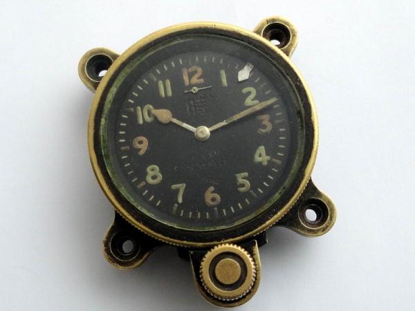 Хомаж на Seikosha Type 93. Часы японских пилотов императорской армии.