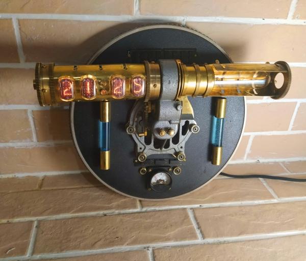 Часы-светильник Мирный атом