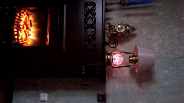 Лампа с Теслой