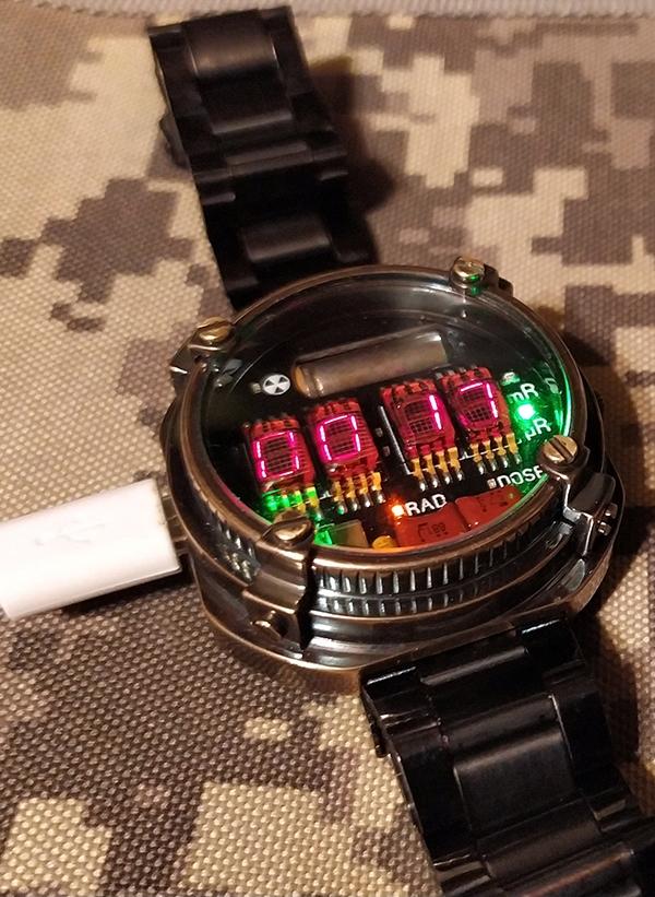 Часы-дозиметр METRO Exodus наручные