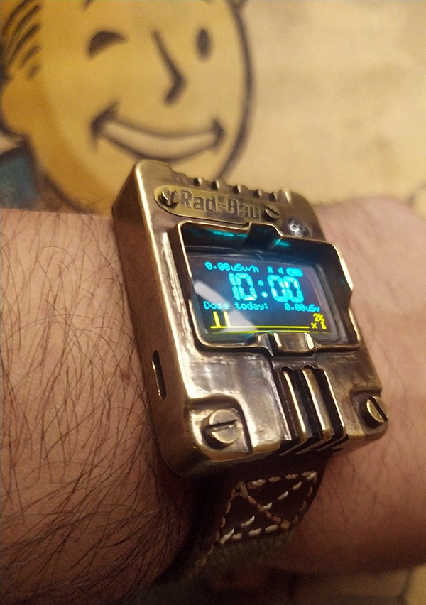 Наручные часы-дозиметр Rad-Boy