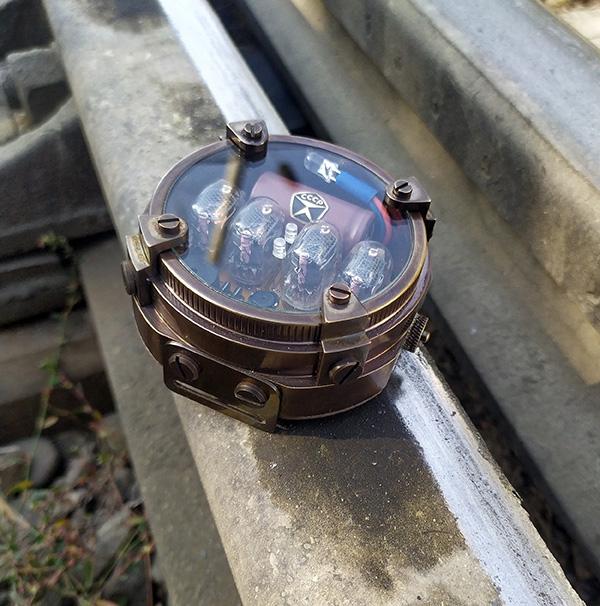 Часы-дозиметр METRO Exodus