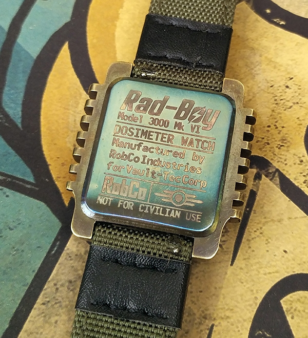 Ещё одни часы-дозиметр в стиле Fallout