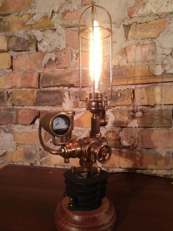 Парокомпрессорная станция - светильник Кантри