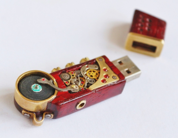 Usb flash drive Dream of DJ 16gb.