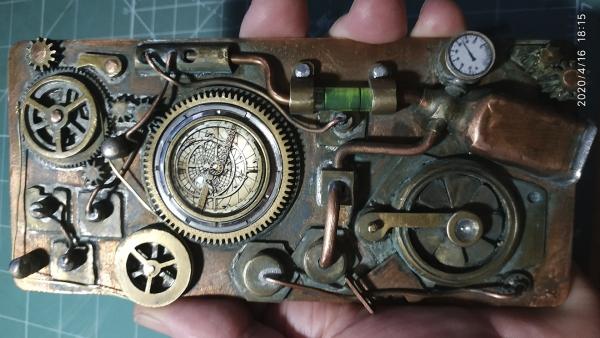 Навигационный прибор капитана Немо или стимпанк-чехол для смартфона