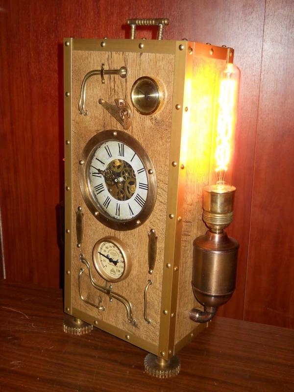 Светильник-часы, термометр, гигрометр стимпанк.