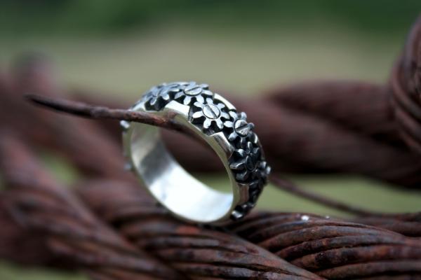 Кольцо с шестеренками