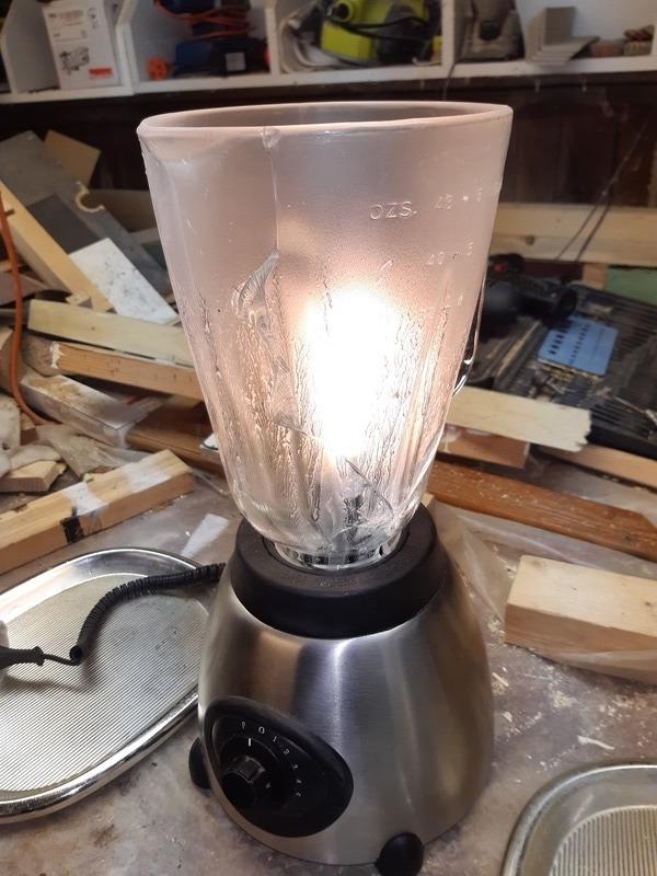 Кухонный светильник из блендера
