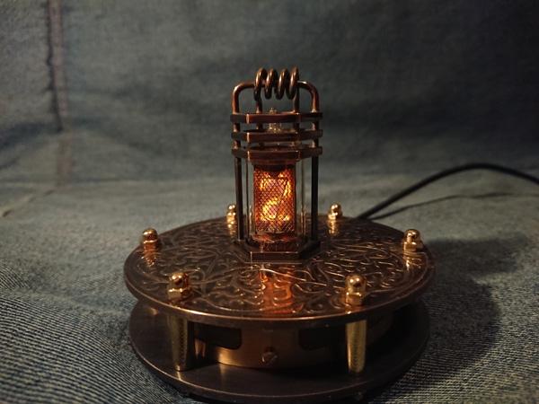 Одноламповые часы Один в поле воин на газоразрядном индикаторе XN3